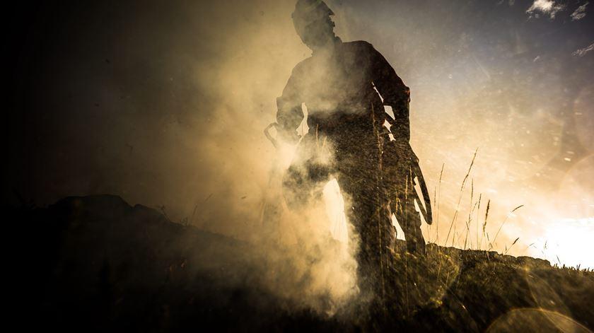 Reportagem. Os bombeiros de Sabrosa e a luta no terreno