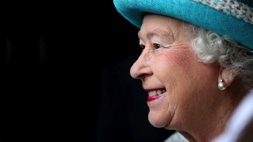 Isabel II. O reinado mais longo de Inglaterra em 2 minutos