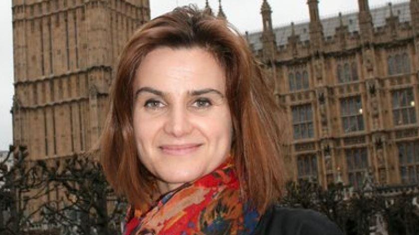 Jo Cox foi atingida durante uma acção de campanha para o referendo em Birstall, West Yorkshire. Foto: DR
