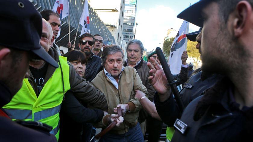 Extrema-direita e antifascistas frente-a-frente na FCSH da Universidade Nova