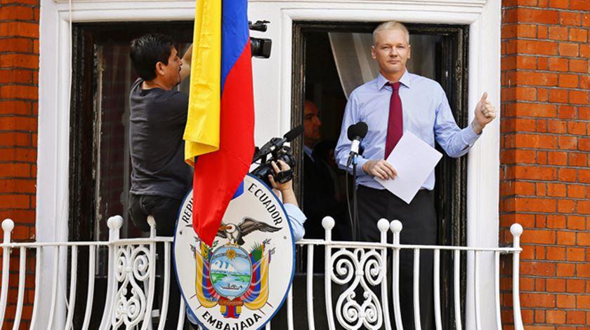 Julian Assange está refugiado na embaixada do Equador há seis anos. Foto: EPA