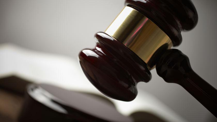 Juíza inglesa manda mulher abortar contra a sua vontade