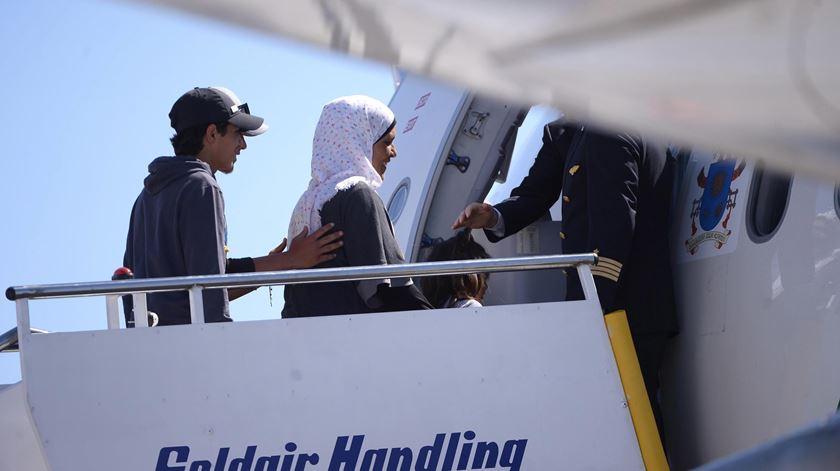 Papa leva 12 refugiados para Roma