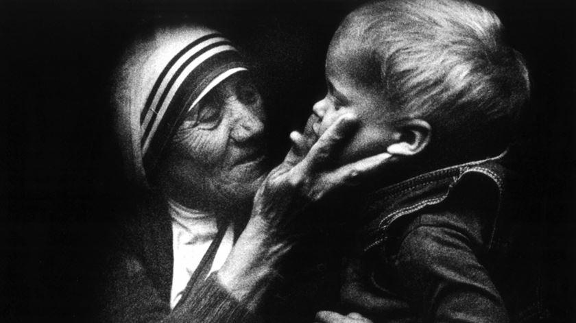Aura Miguel sobre madre Teresa de Calcutá, Dia da Caridade, Manha RR (05/09/2017)