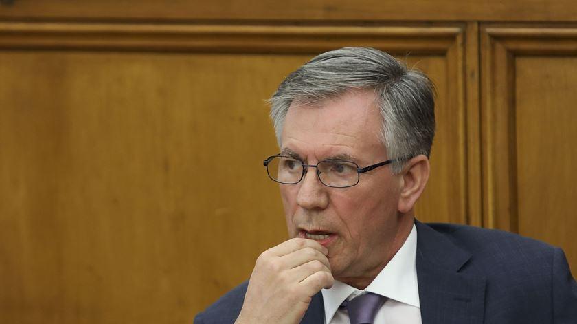 Caixa. Deputados rejeitam pedido de Armando Vara para não comparecer em audição