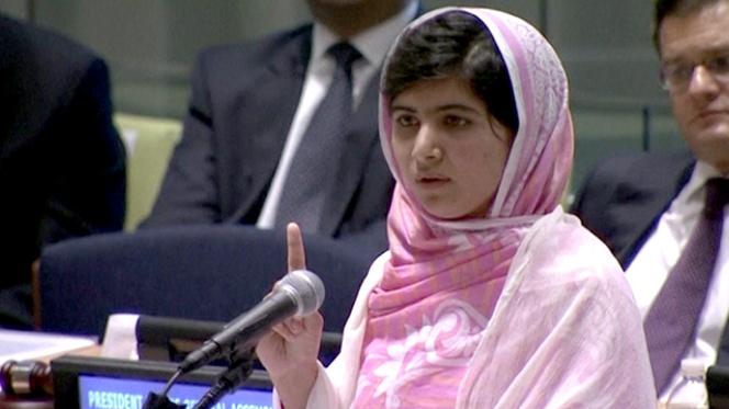 Malala quer combater os talibã com livros e canetas
