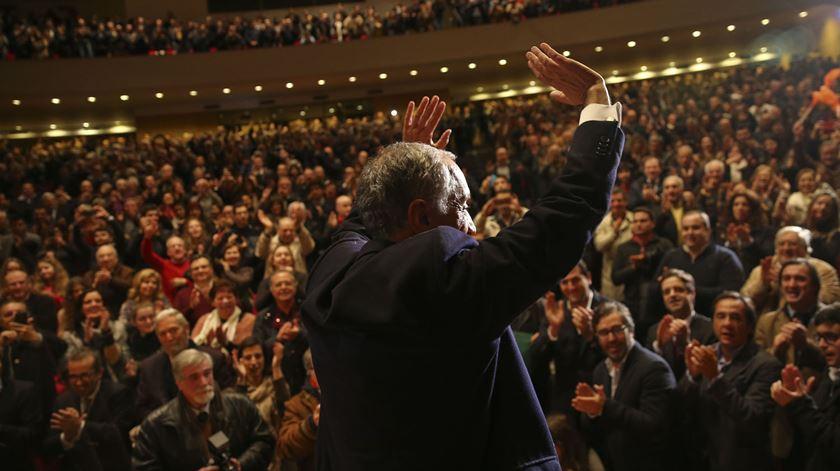 """No encerramento da campanha, em Braga, disse """"então não é o povo quem mais ordena? Estar próximo do povo é algum pecado?"""""""