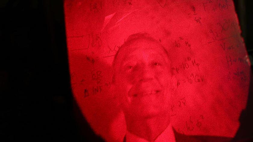 Marcelo, agora em holograma
