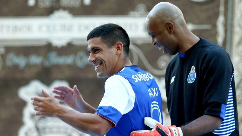 Maxi Pereira assume dívida de gratidão para com Pinto da Costa. Foto: Estela Silva/Lusa