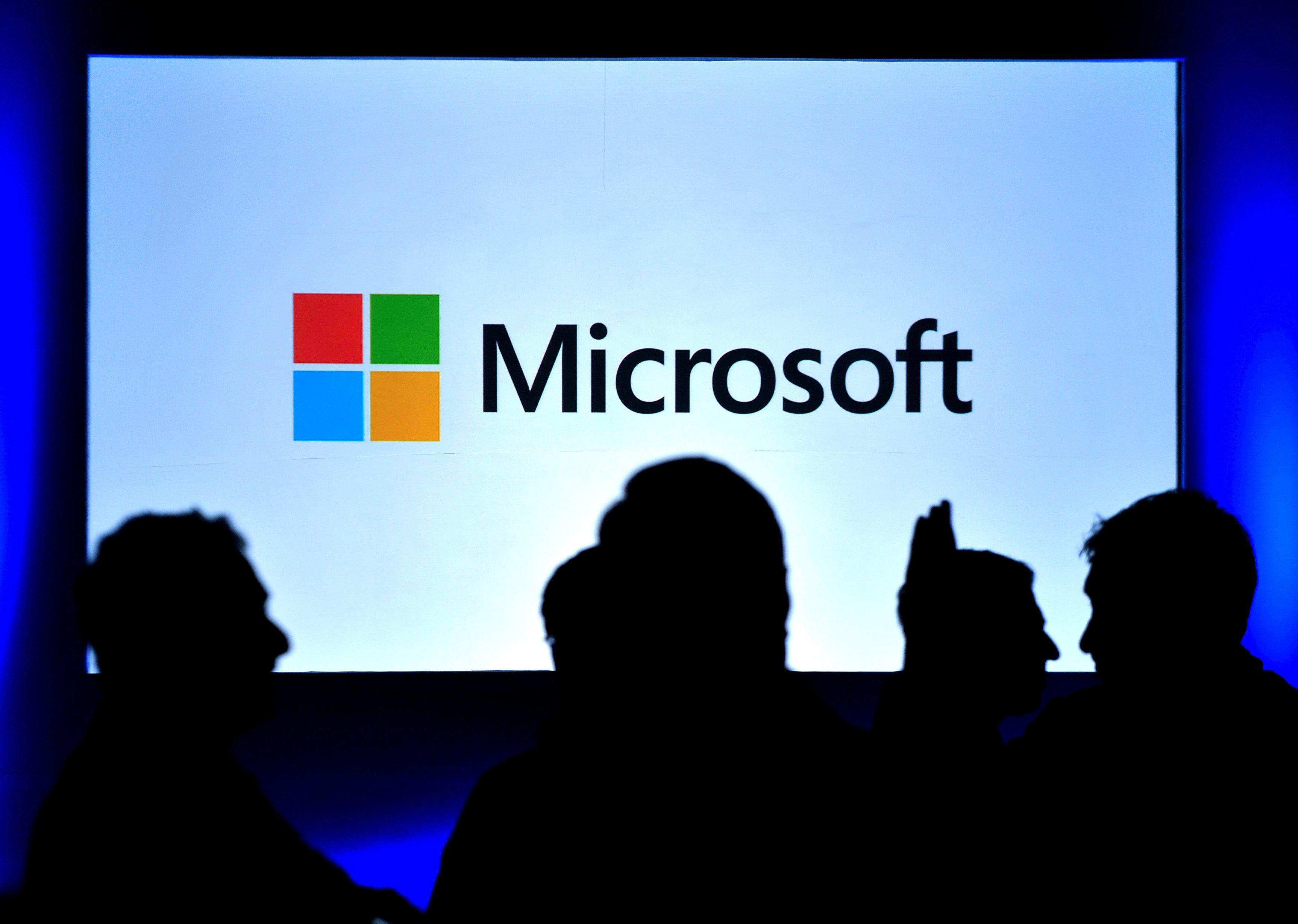 """Resultado de imagem para Microsoft testou semana de quatro dias e produtividade disparou 40%"""""""