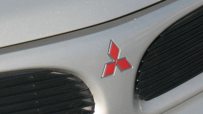 """Coronavírus. Fábrica da Mitsubishi no Tramagal põe 400 trabalhadores em """"lay-off"""""""