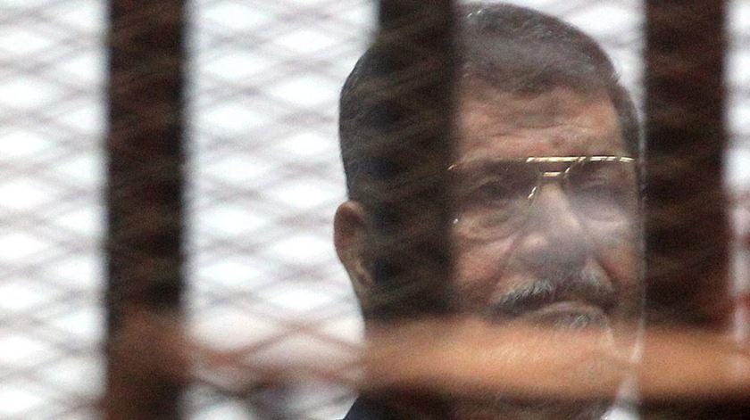 Mohamed Morsi morreu em pleno tribunal. Foto: DR