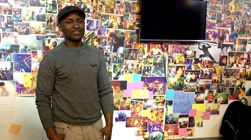 Mohamed Jalloh, do projecto Bon, ajudou a integrar os falantes de fula do bairro de Molenbeek, em Bruxelas