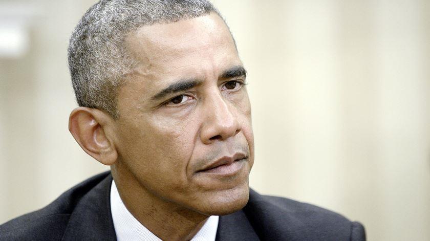 Obama disponível para ajudar França