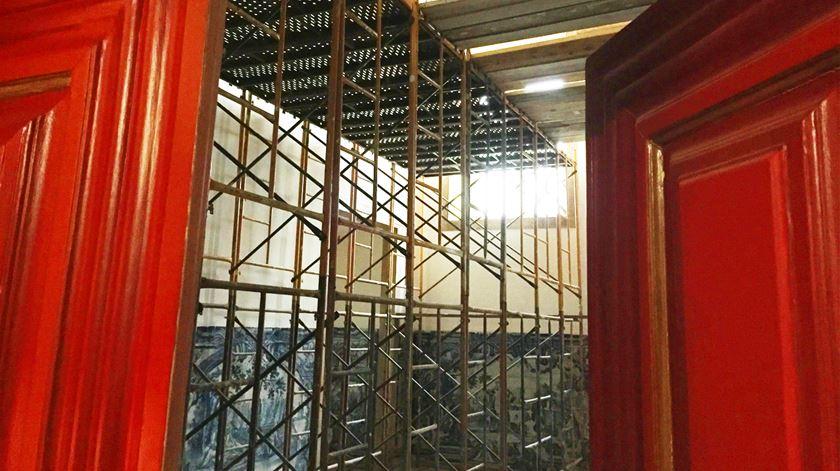 Ainda há recantos em recuperação no Palácio Belmonte
