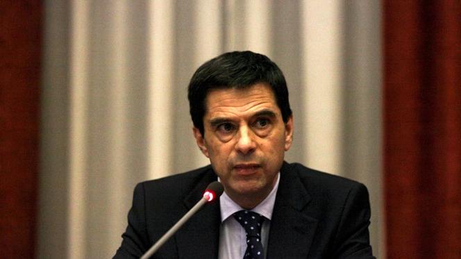 """Governo quer ir além das medidas assinadas com a """"troika"""""""