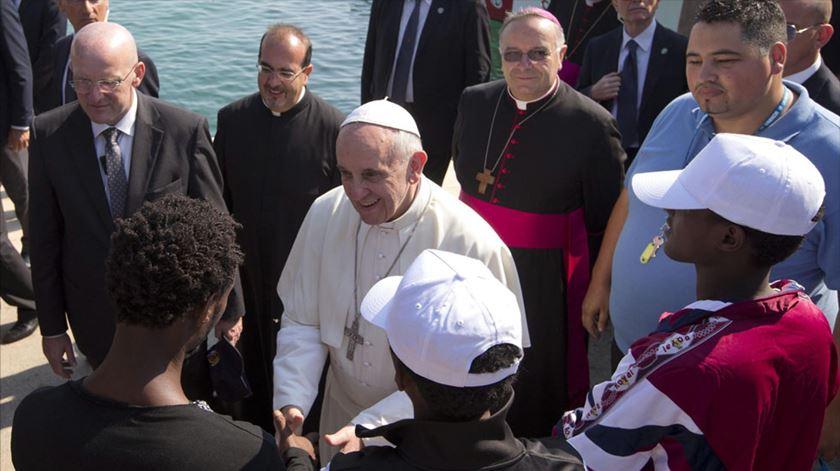 Lampedusa. Papa pede ao mundo solidariedade para ajudar os migrantes