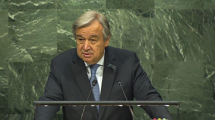 """António Guterres alerta: o preconceito está a receber """"carta verde"""" no discurso público"""