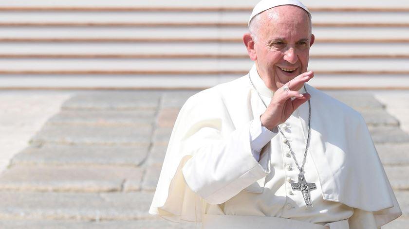 Papa convoca dia de oração pela paz