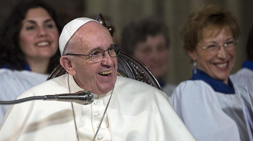 Papa recorda ligação de João Paulo II a Fátima