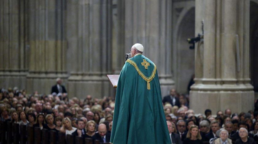 """Papa recorda """"vergonha"""" dos casos de abusos sexuais Igreja dos EUA"""