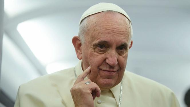 Papa confirma que quer ir a Fátima em 2017