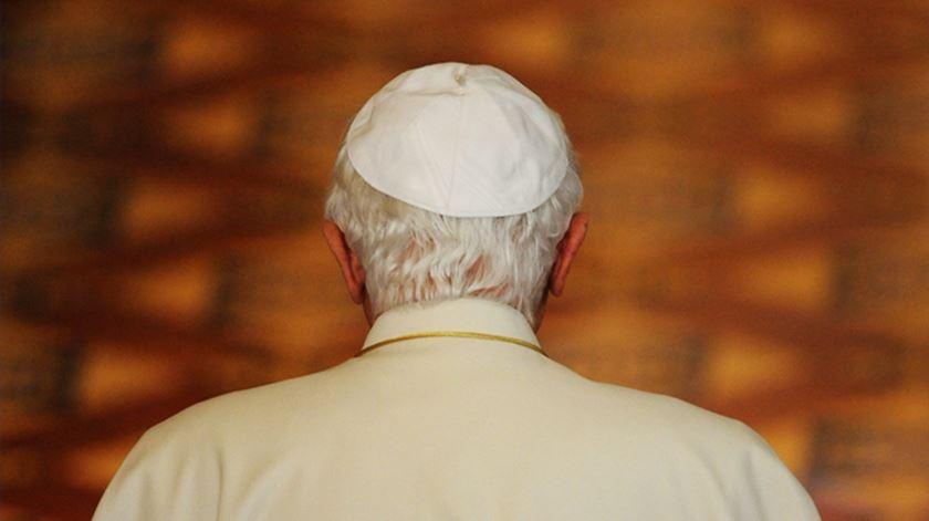 Emoção e gratidão nas últimas horas do pontificado de Bento XVI