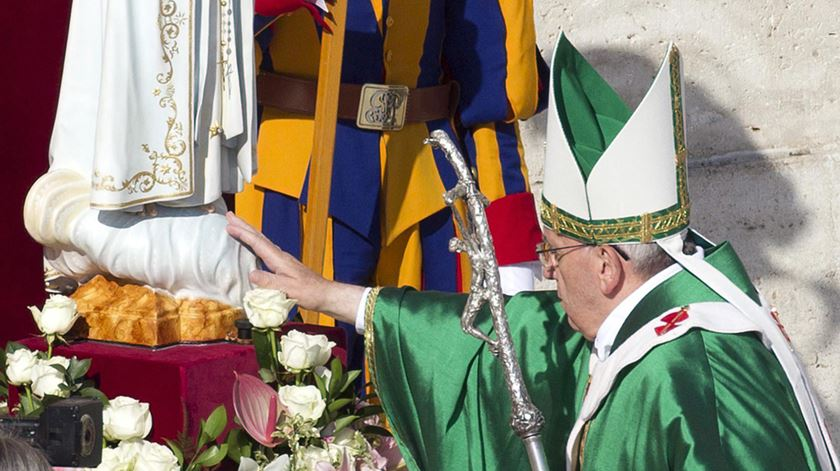 Diante de Fátima, Papa confia a Cristo a humanidade ferida pelo pecado