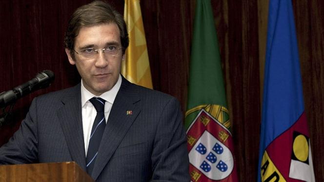 """Passos Coelho faz apelo """"bélico"""" para vencer a crise"""