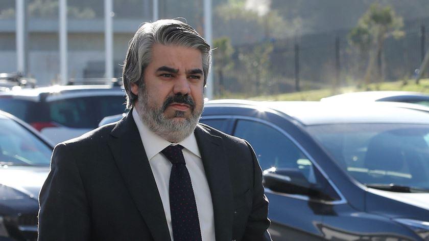 """Assessor jurídico da SAD do Benfica no """"olho"""" do furacão. Foto: Manuel de Almeida/Lusa"""