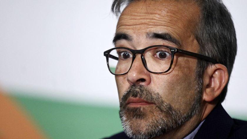 Paulo Rangel perde voo para Caracas e falha encontro com Guaidó