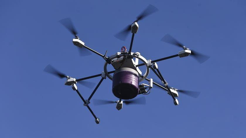 Reino Unido vai adotar sistemas de deteção de drones