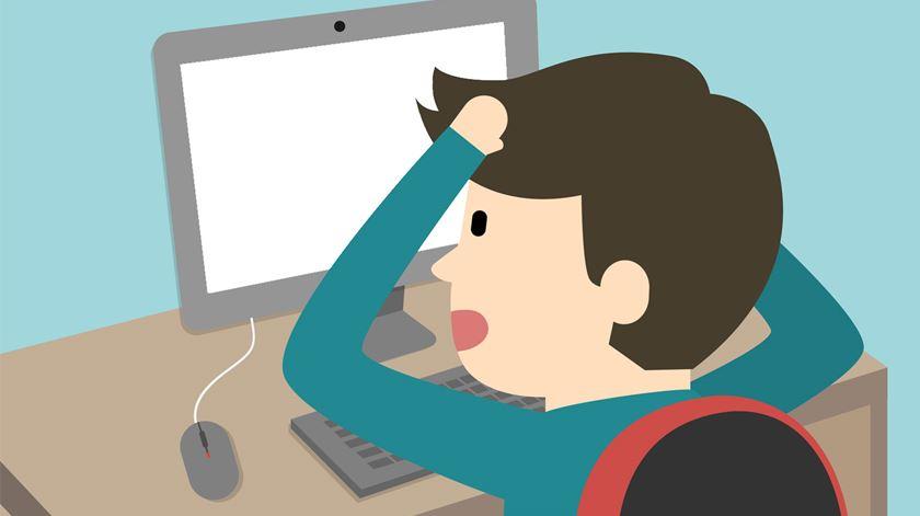 Falta de professores. Informática é a disciplina mais castigada