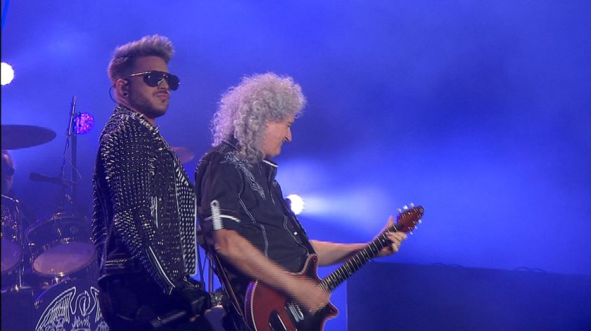 Uma noite mágica para ouvir Queen com Adam Lambert e ainda Mika e Fergie
