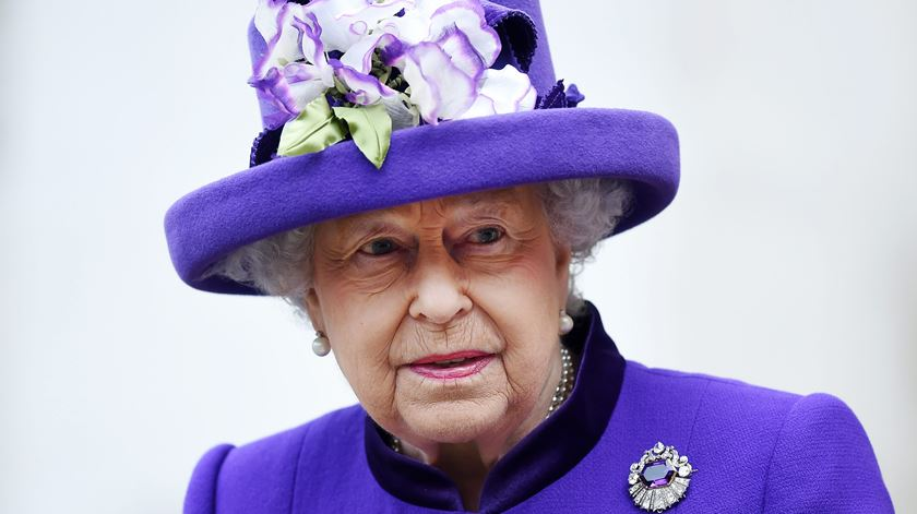 Isabel II comemora 65 anos de reinado