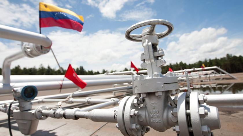 A Venezuela é um dos países do mundo com as maiores reservas de petróleo. Foto: EPA