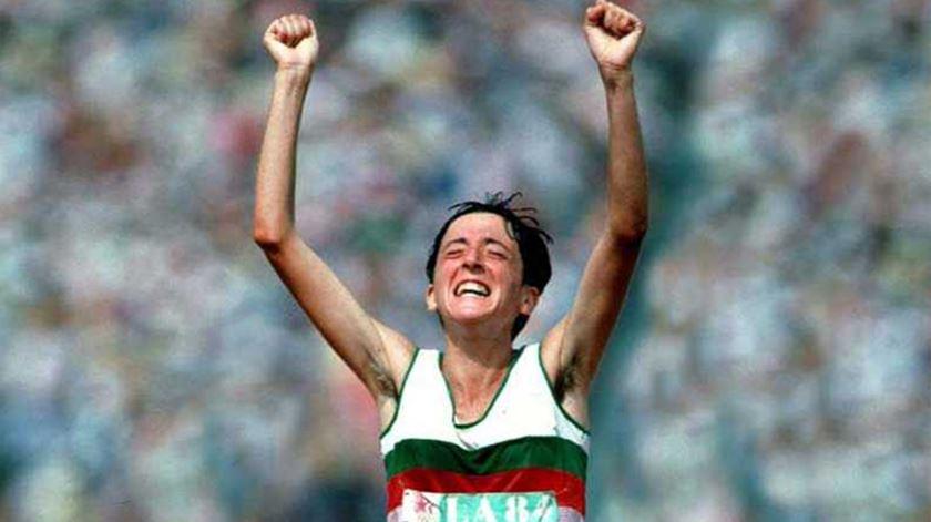 Rosa Mota vence maratona em Seul (1988)