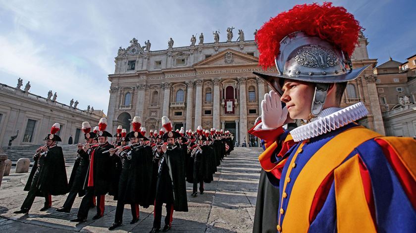 Papa agradece e elogia corpo policial do Vaticano