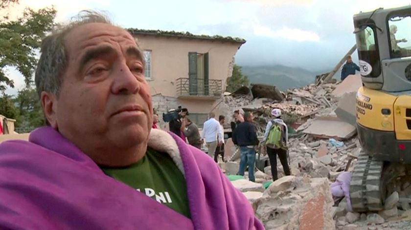 Sobrevivente em Amatrice descreve centro da cidade transformado em escombros