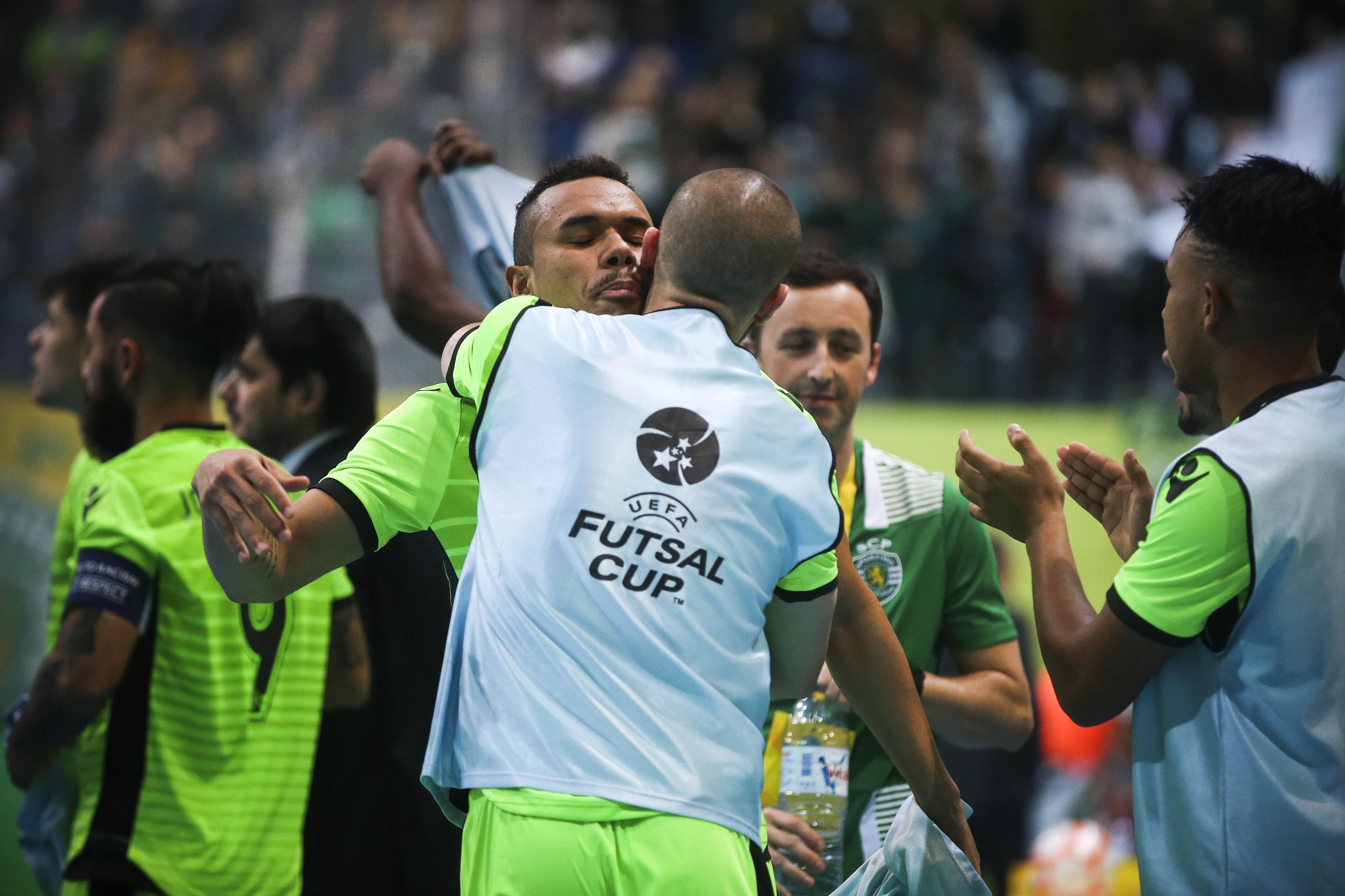 Pavilhão João Rocha recebe Ronda de Elite da Taça UEFA - Renascença a503a4ad783a7