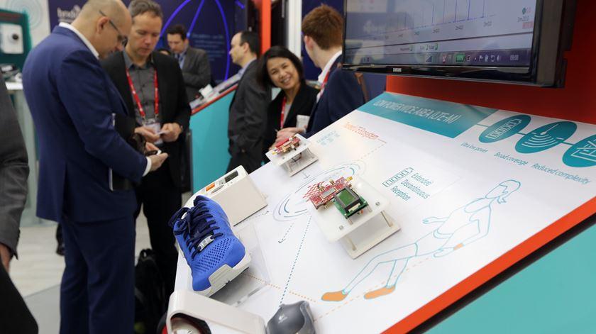 Ténis, frigoríficos, sofás. As coisas que antes eram mudas estão a ganhar conectividade. Foto: World Mobile Congress