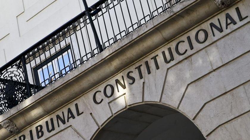 Votos dos emigrantes. Constitucional não se pronuncia sobre queixa do PSD