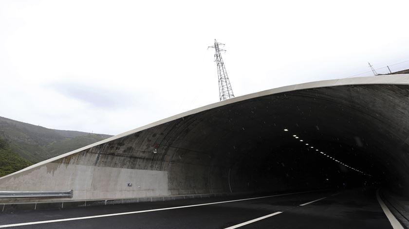 Mais de 2 milhões atravessaram o túnel do Marão em seis meses