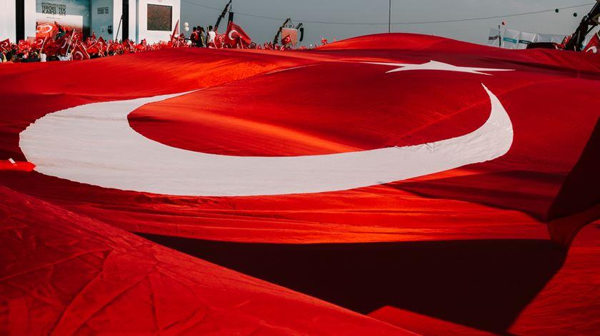 A Turquia afasta-se do ocidente