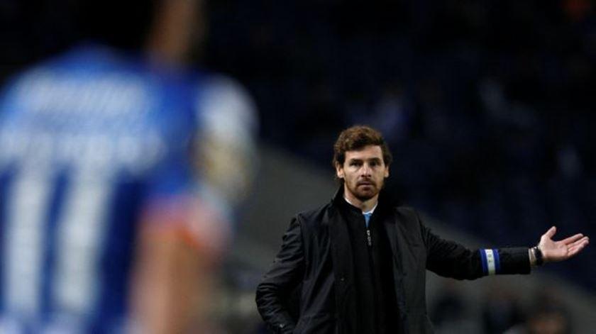 """""""Mourinho e Levy são muito diferentes e não vai resultar bem"""", diz Villas-Boas"""