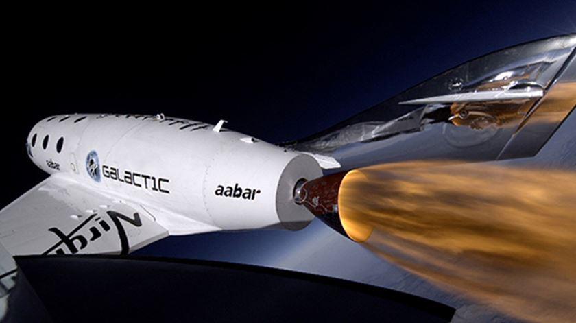 """Virgin. Turismo espacial começa """"em semanas"""""""