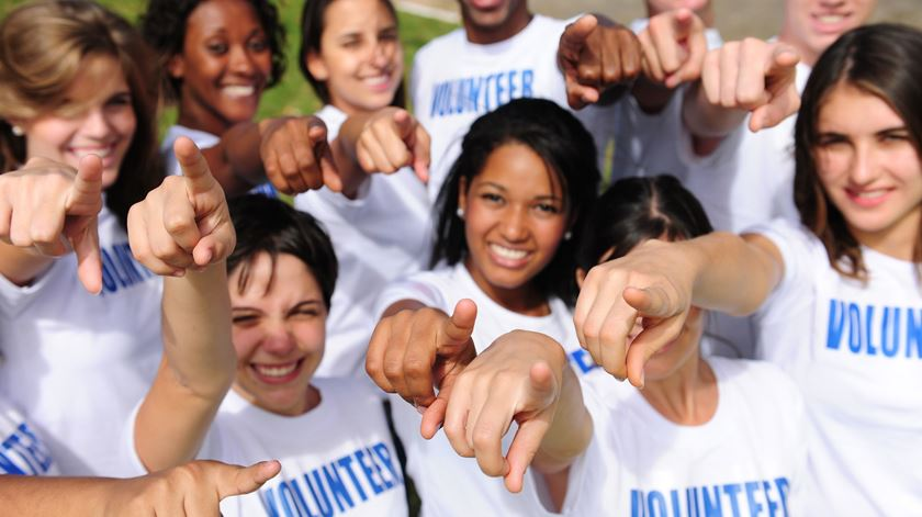 Bruxelas promove voluntariado jovem